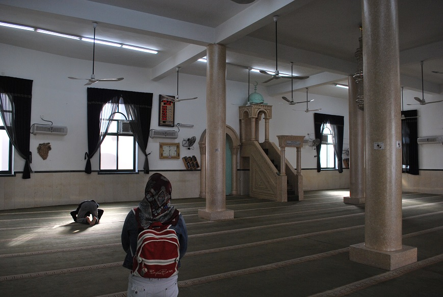 V mešite, Betlehem, Palestína