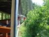 Čiernohronská železnica vedie zelenou krajinou