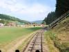 Čiernohronská železnica vedie cez futbalové ihrisko v Dobroči