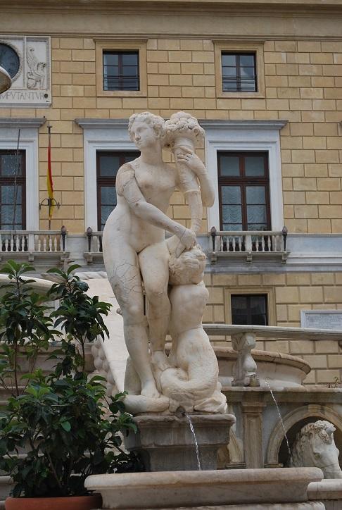 Krásna nymfa, Fontana Pretoria, Palermo