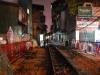 Železnica uprostred ulice starého mesta, Hanoj, Vietnam