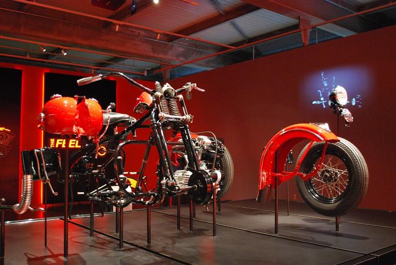 Harley Davidson - súčiastky tvoria harmonický celok