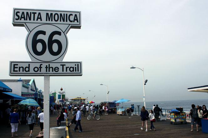 Koniec Route 66 na Móle v Santa Monica je naším začiatkom