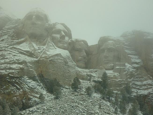 Prezidenti v Mount Rushmore v zime