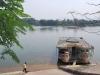 Voňavá rieka pri Pagoda Thien Mu, Hue, Vietnam