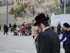 Ortodoxný Žid smeruje k Múru nárekov