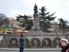 Pamätník Šotu Rustaveliho, Námestie Ružovej revolúcie, Tbilisi