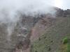 Nad sopku Vezuv sa sťahuje mrak